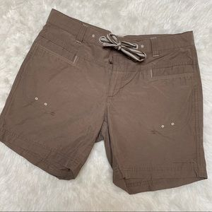 Columbia brown hiking shorts size small